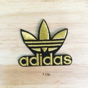 Adidas gold-plated patterned shirt, Adidas shirt label Adidas shirt roll Adidas armband, Adidas pattern Use to iron the shirt