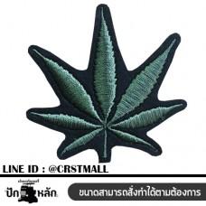 Hemp leaf pattern Hemp leaf label Hemp leaf patterned shirt Arm rolled with a hemp leaf pattern No. F3Aa51-0004
