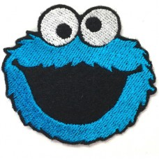 Cookie Monster Embroidery Arm 5x5.5cm, attached to a shirt attached to a hat, attached to a fashion item. DIY embroidery. No.F3Aa51-0004