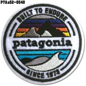 Shirt Iron on the shirt, embroidered with PATAGONIA circular pattern / Size 6.5 * 6.5cm.