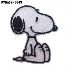 hirt Ironing machine attached to the shirt, embroidered SNOOPY pattern sitting / Size 6 * 5cm # Embroidered black on white background Good quality work, sharp lines, model P7Aa52-0549