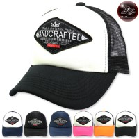 HAND CRAFTED mesh sponge on the back side is a Snapback can be adjusted. Available in 6 colors No.F5Ah15-0371.