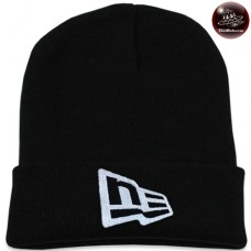 Black NEW ERA knit cap